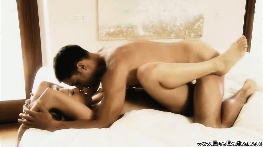 onlayn-video-eroticheskie-shou