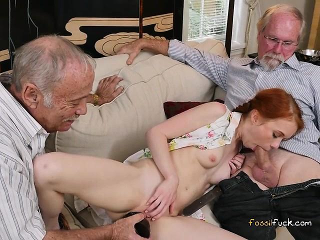 фото как дрочат старикам молодые